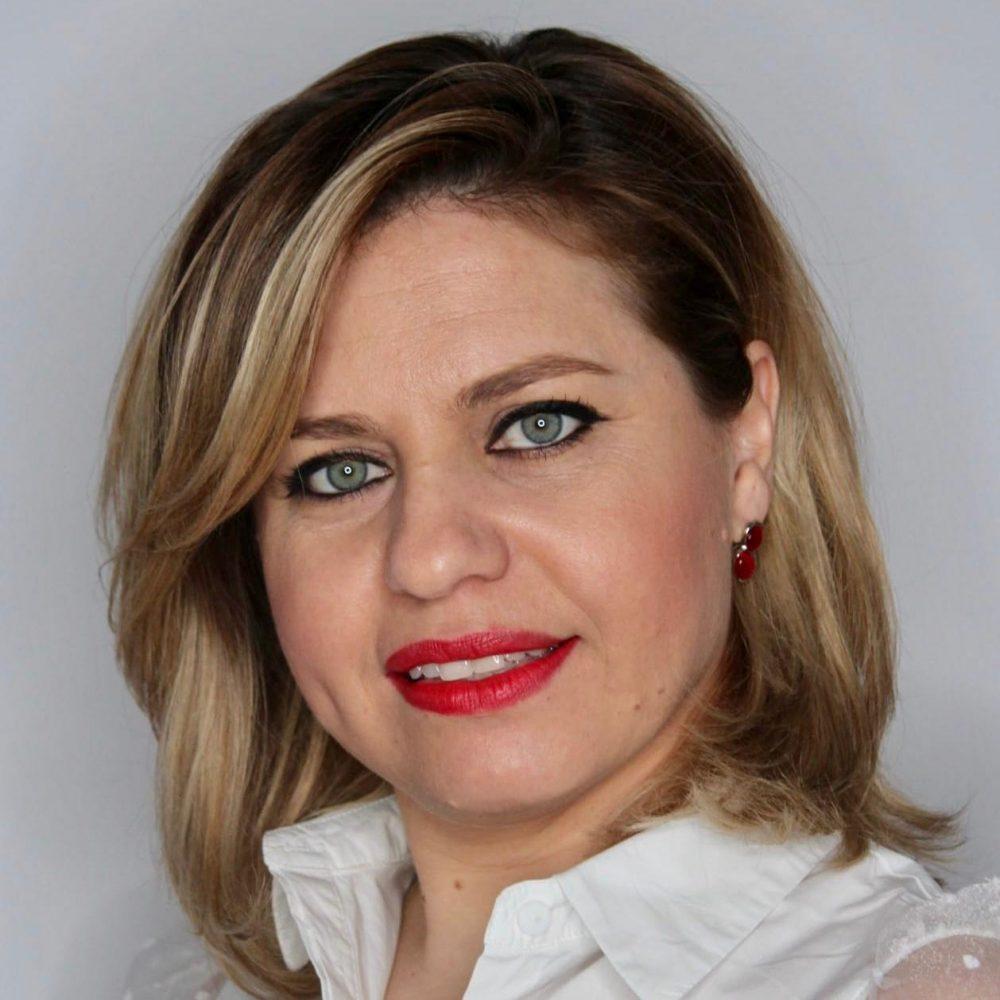 Roxana Gutu